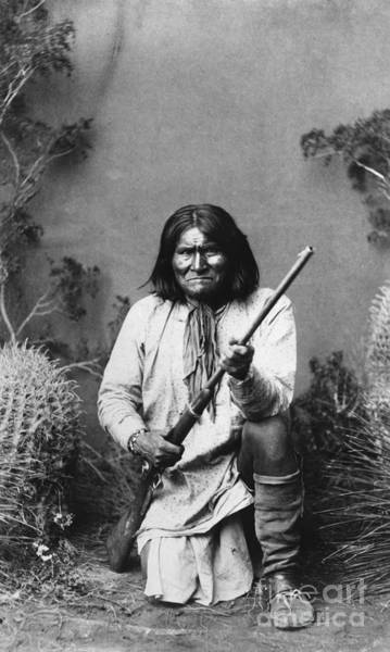 Flk Photograph - Geronimo (1829-1909) by Granger