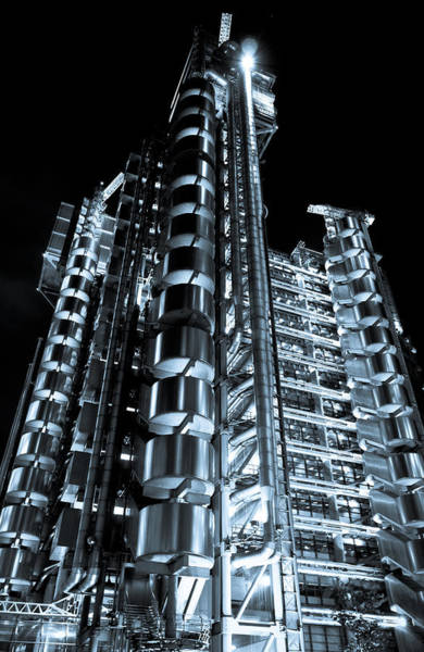 Square Mile Wall Art - Photograph - Lloyd's Building London by David Pyatt