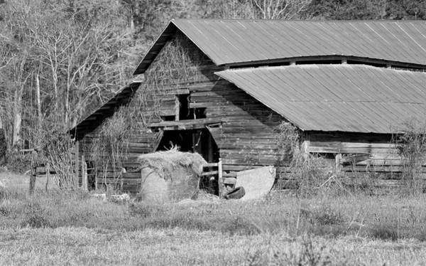 Photograph - A Barn In Georgia by Kim Hojnacki