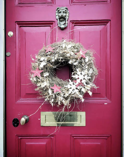 Front Porch Photograph - A Christmas Wreath by Tom Gowanlock