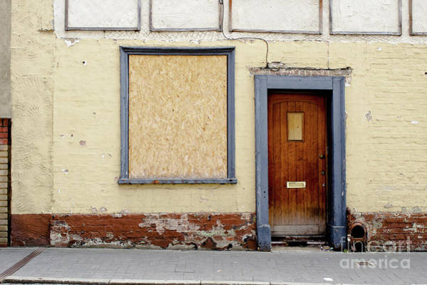 Wall Art - Photograph - A Derelict House by Tom Gowanlock