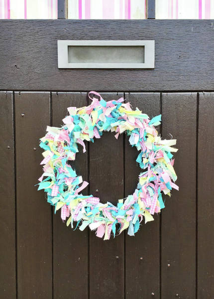 Wall Art - Photograph - A Door Wreath by Tom Gowanlock