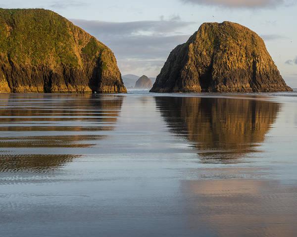 Photograph - A Glossy Beach by Robert Potts