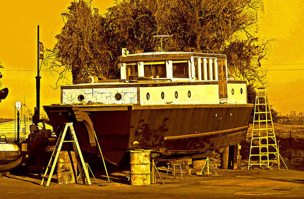 Digital Art - A Landing Craft B4 Tlc by Joseph Coulombe
