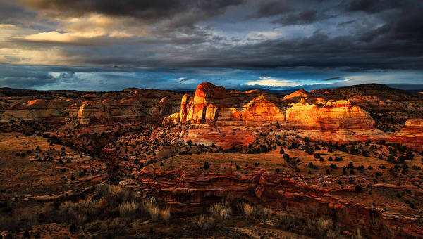 Plateau Wall Art - Photograph - A Last Brush Of Light by Dan Holmes