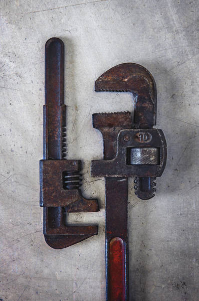 Wall Art - Photograph - A Pair Of Rusty Wrenches by Carlos Caetano