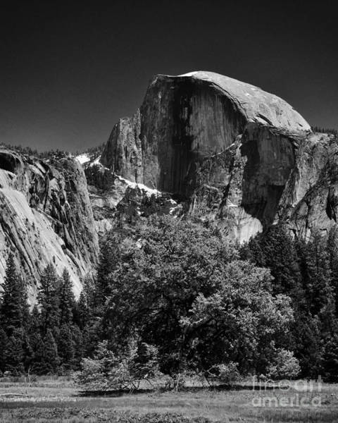 A Scene Of Yosemite - Black And White Art Print by Hideaki Sakurai