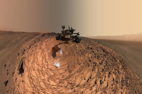 Jet Propulsion Laboratory Photograph - A Selfie On Mars by Nasa