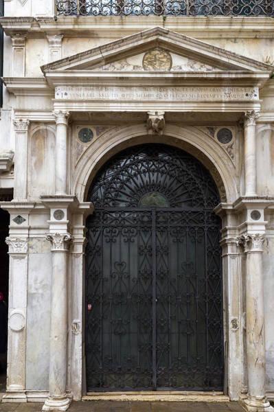 Photograph - A Venice Entrance by Georgia Fowler
