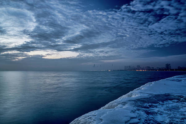 Photograph - A Wintry , Foggy Look At Chicago's Lakefront One Winter Morning by Sven Brogren