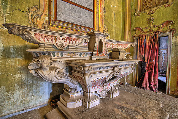 Photograph - Abandoned Chapel Of An Important Liguria Family IIi - Cappella Abbandonata Di Famiglia Ligure 3 by Enrico Pelos