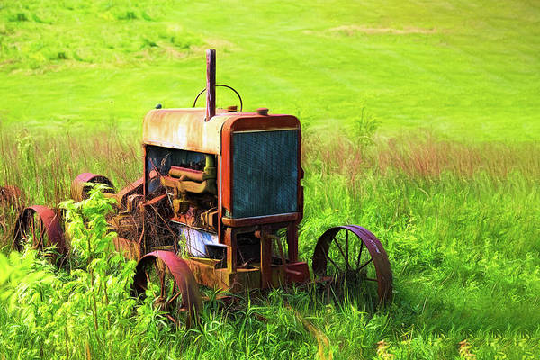 Farm Equipment Photograph - Abandoned Farm Tractor by Tom Mc Nemar