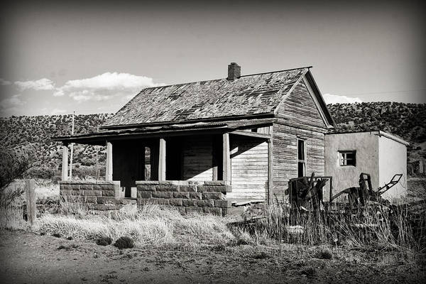 Photograph - Abandoned In Cuervo by Patricia Montgomery