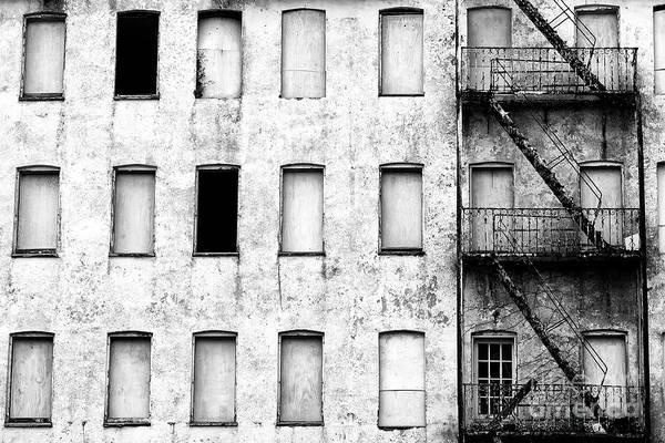 Photograph - Abandoned Metropolitan Hotel 2007 by John Rizzuto
