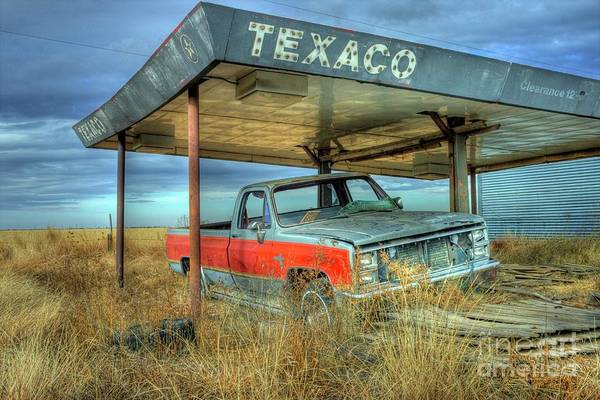 Photograph - Abandoned Silverado by Tony Baca