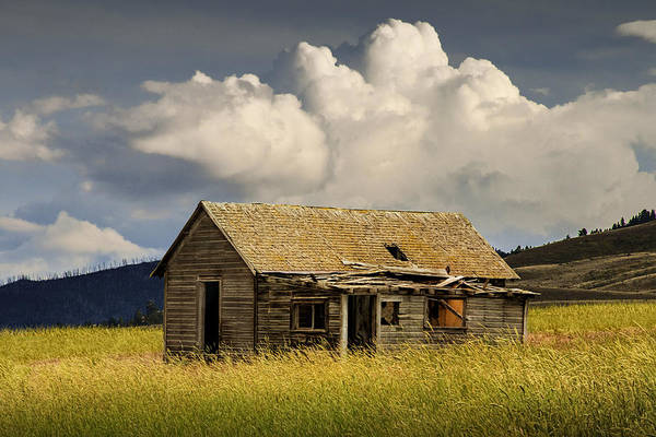 Photograph - Abandoned Western Farmhouse Under The Big Sky by Randall Nyhof