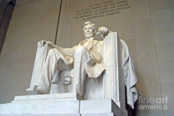 Photograph - Abraham Lincoln Statue - 1 by Tom Doud