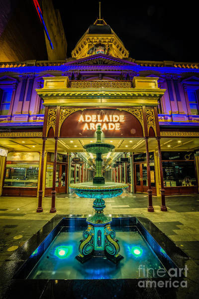 Photograph - Adelaide Arcade Facade by Ray Warren