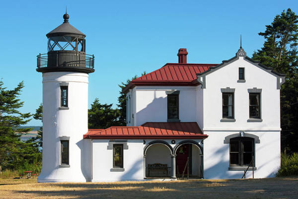 Photograph - Admiralty Head Lighthouse by David Lunde
