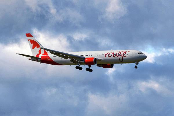 Boeing 767 Wall Art - Photograph - Air Canada Rouge Boeing 767-35h 118 by Smart Aviation