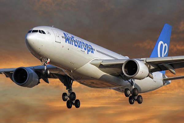 Wall Art - Photograph - Air Europa Airbus A330-202 3 by Smart Aviation