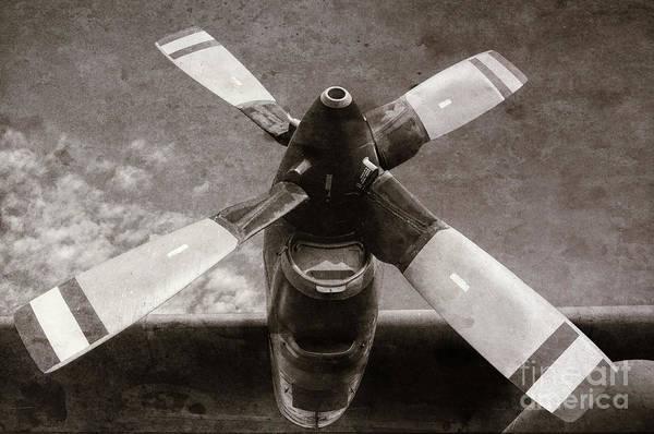 Photograph - Dakota Airplane Propeller  by Les Palenik