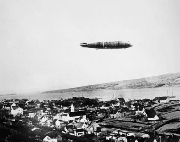 Photograph - Airship R-34, 1919 by Granger