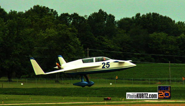Photograph - Airventure 25 by Jeff Kurtz