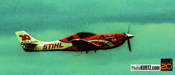 Photograph - Airventure Race 30 by Jeff Kurtz
