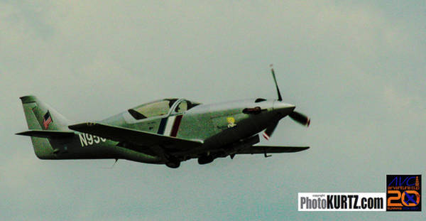 Photograph - Airventure Racer by Jeff Kurtz