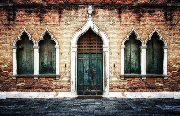 Photograph - Aladdin's Doorway by Ryan Wyckoff