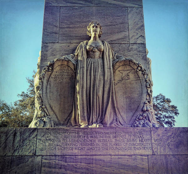 Wall Art - Photograph - Alamo Cenotaph Monument by Judy Vincent