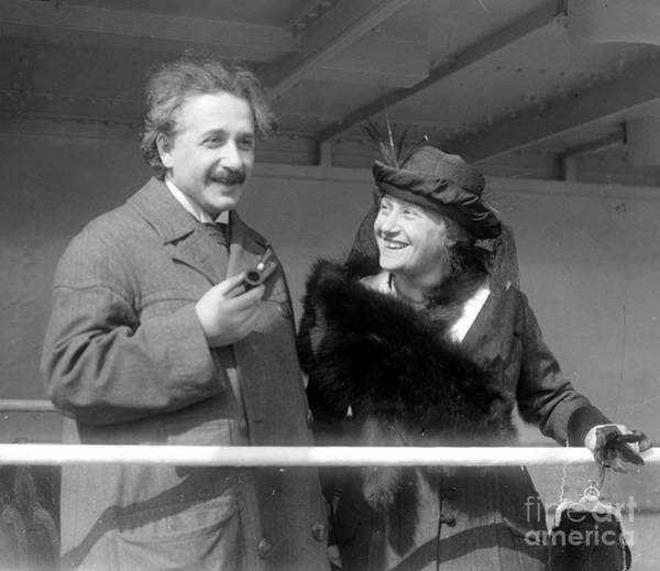 Mass-energy Equivalence Wall Art - Photograph - Albert And Elsa Einstein, C. 1920s by Science Source