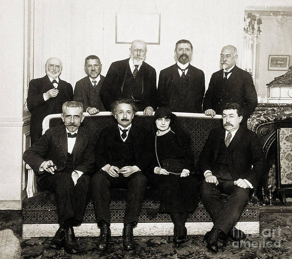 Mass-energy Equivalence Wall Art - Photograph - Albert Einstein Honored At Lunch, C by Wellcome Images
