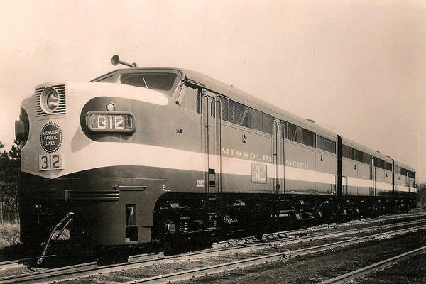 Alcoa Ge Freight Locomotive Art Print