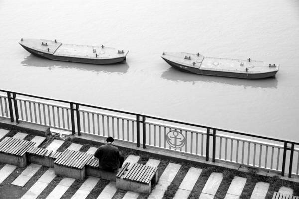 Wall Art - Photograph - Along The Yangtze River by Valentino Visentini