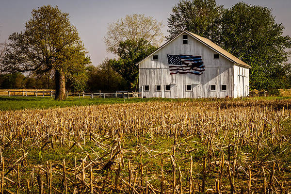 Photograph - American Barn by Ron Pate