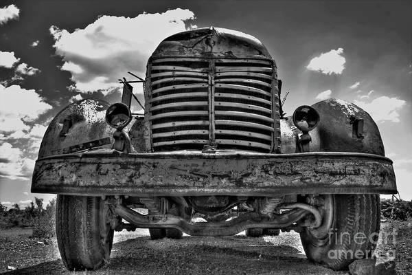 Photograph - An Old International Truck by Tony Baca