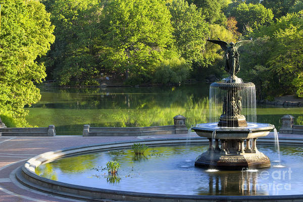 Bethesda Fountain Photograph - Angel Of The Waters by Brian Jannsen