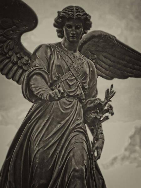 Bethesda Fountain Photograph - Angel Statue Bethesda Fountain Central Park by Robert Ullmann