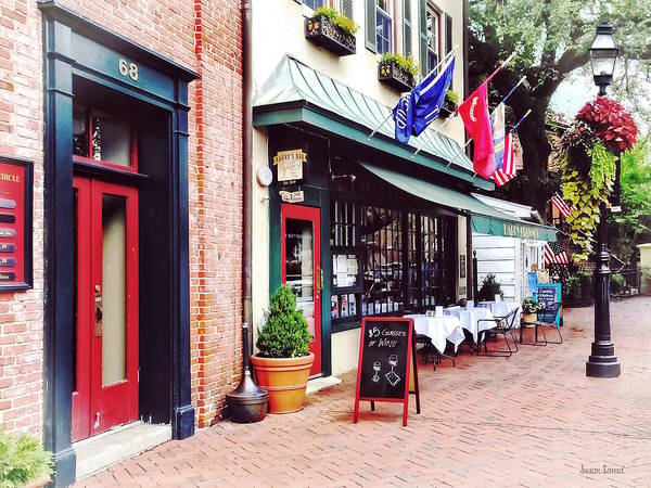 Photograph - Annapolis Md - Restaurant On State Circle by Susan Savad