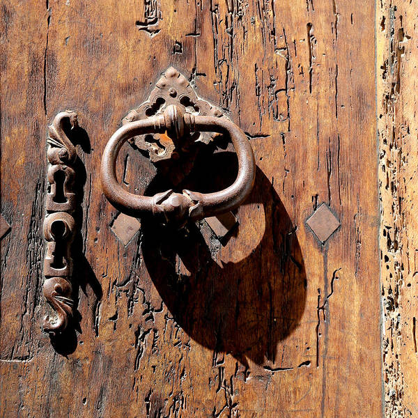 Photograph - Antique Door 1 by Andrew Fare