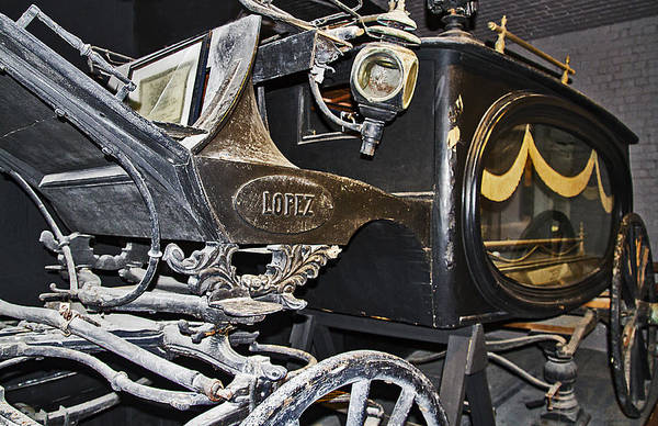 Photograph - Antique Hearse by Bob Slitzan