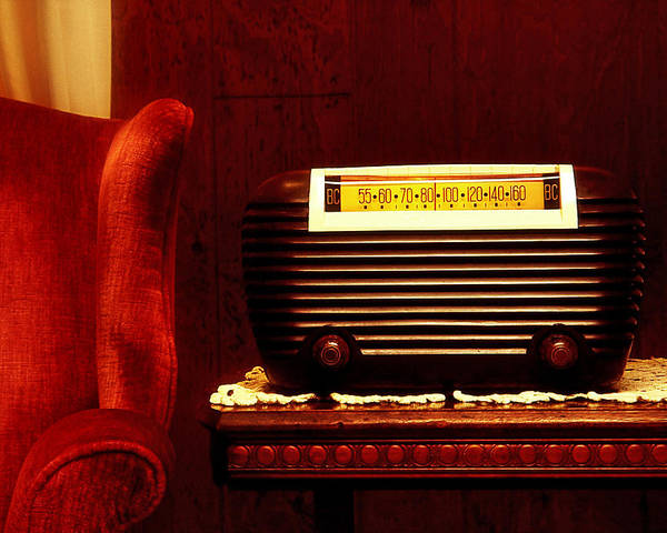 Wall Art - Photograph - Antique Radio by Kelley King
