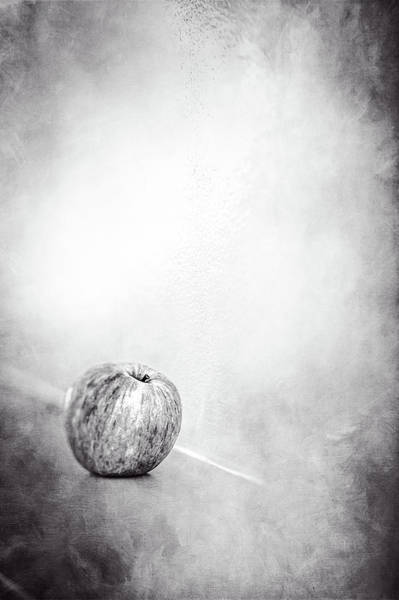 Gala Wall Art - Photograph - Apple On The Mantel In Bw by YoPedro