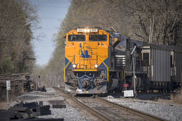Norfolk Southern Railway Wall Art - Photograph - April 1 2016 Norfolk Southerns 1071 At Madisonville Ky by Jim Pearson