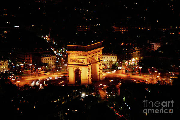 Cesar Wall Art - Photograph - Arc De Triomphe by Cesar Marino