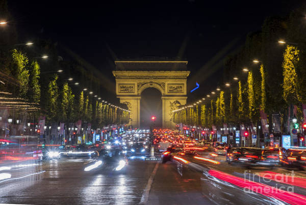 Photograph - Arc De Triomphe by Juli Scalzi