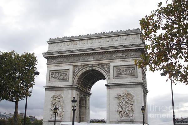 Photograph - Arc De Triomphe by Wilko Van de Kamp