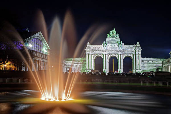Photograph - Arcade Du Cinquantenaire Fountain At Night - Brussels by Barry O Carroll